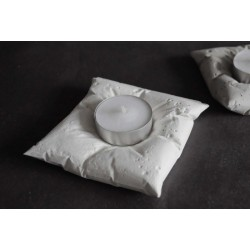 CANDLEcrete_pillow_CW